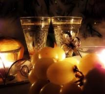 Много света, шокалад и ужин при свечах